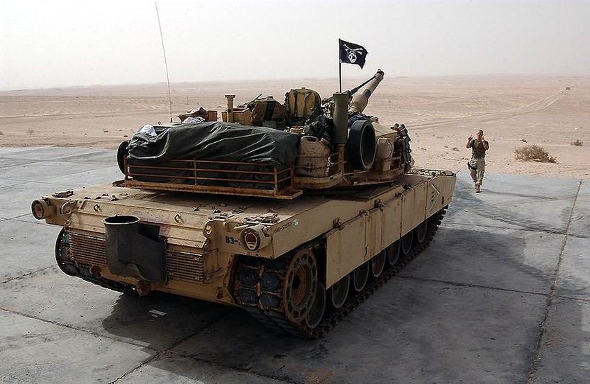 abrams m1a1 marines 800px-M1-A1_Abrams_Heck%20%5b%5d