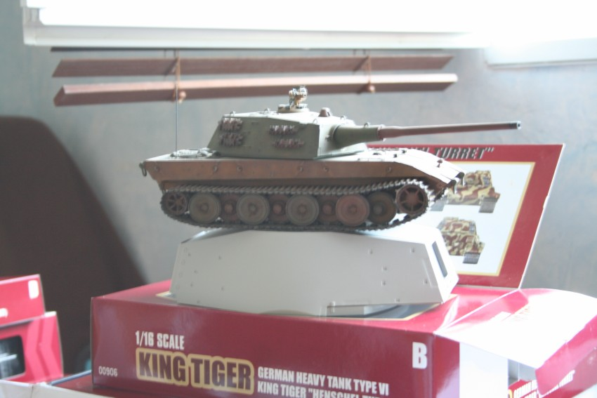 king tiger 1/16 (presentation) Ci%20valy2%20010%20%5b%5d